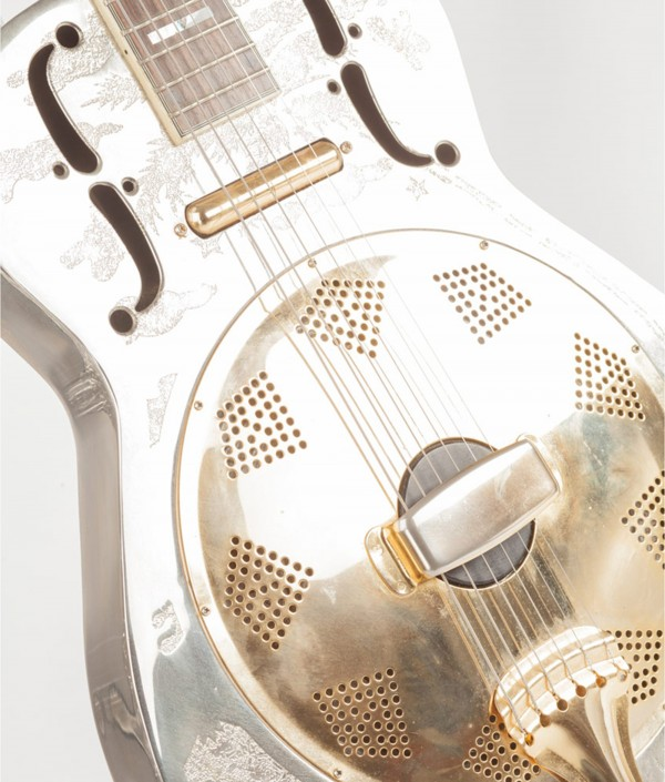 guitar 600x705 Product Photography Worcestershire!