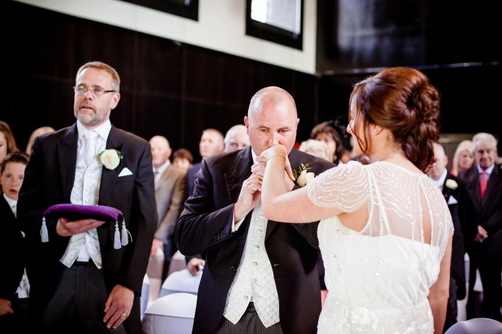 246 705x469 Wedding Photography! Shauna and Alistair are married in Oxford 19/4/14