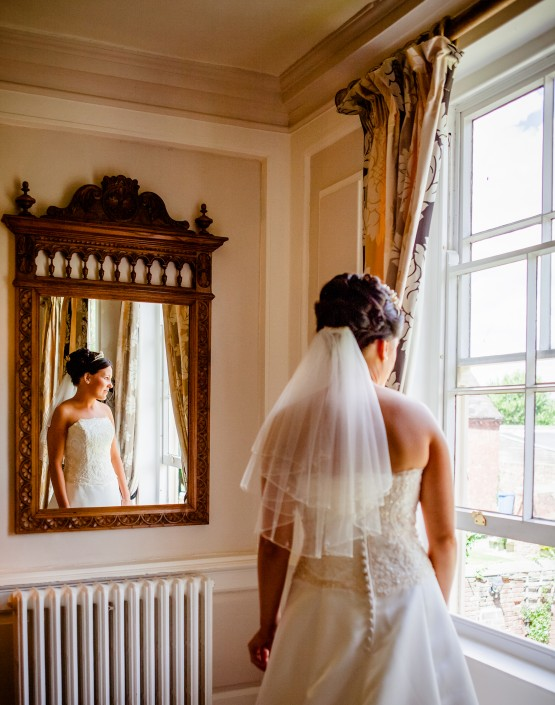 IMG 2171 179 555x705 Freelance wedding Photography