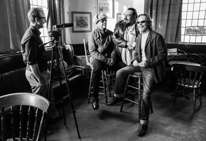 030 705x482 Commercial photography; UB40 visit the Eagle and Tun pub in Birmingham
