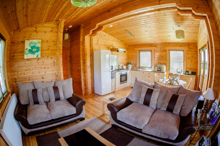 004 705x469 Promotional photography. Forest View Retreats log cabins.